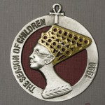 1999 Queen Ornament